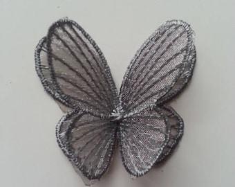 double papillon en dentelle gris  42*50mm