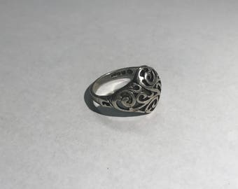 Vintage Sterling Silver Size 7.5 Ring