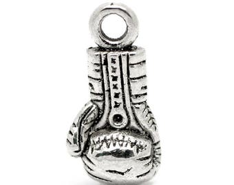 Charm in antique silver (x 2) Boxing Glove
