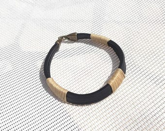 Mixed bracelet black leather and cord