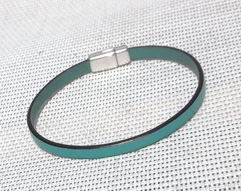 Mixed leather bracelet, magnetic clasp