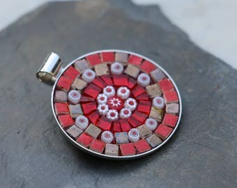 Round pendant made of mosaic glass, Terra cotta, millefiori.