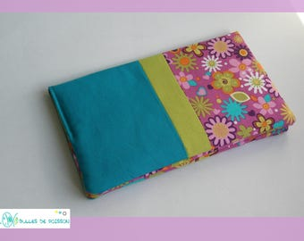 "checkbook wallet ""flowers"""