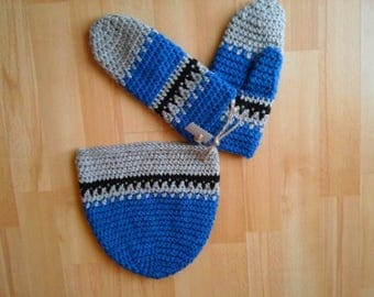 Crochet hand made beanie and gloves