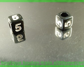 number 5 cube bead 7 mm black and white plastic