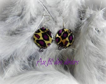 Purple leopard print bead earrings