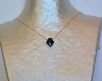 Necklace Totem in Onyx Black on gold chain