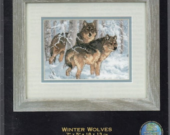 Winter Wolves Gold Collection Petites Counted Cross Stitch Kit