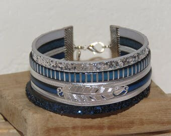 """Bracelet cuff """"double glitter and feather"""" leather, glitter colors Navy Blue, blue and white - gift idea"""