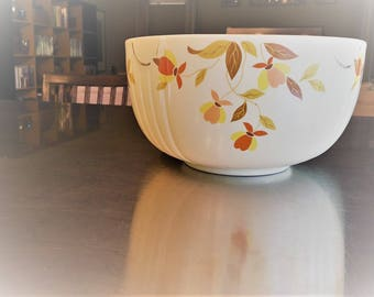 Hall's Superior Autumn Leaf 8 3/4 Inch Mixing Serving Bowls - Vintage Serving Dish