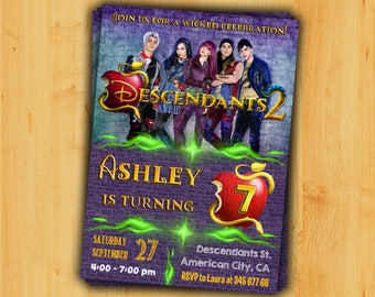 Descendants 2 birthday invitation. Descendants 2 invitation digital. Descendants birthday party. Mal invitation. Descendants themed party.