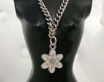 FREE US Shipping White Flower Necklace for Blythe Pullip Doll