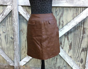1970's Brown Leather Skirt / Faux Leather Mini Skirt / Vintage Leather Mini Skirt / Brown Leather Mini Skirt / Brown Mini Skirt Size 11