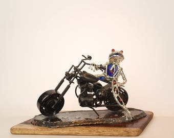 GLASS Frog blue Motorcyclist on a Harley Davidson black motorcycle Miniature,A special gift for all motorcycle rides and collector models
