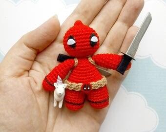 Deadpooll amigurumi crochet toy