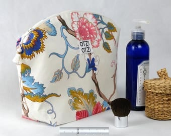 Kit toiletry bag - makeup - woman - white with pink and blue floral