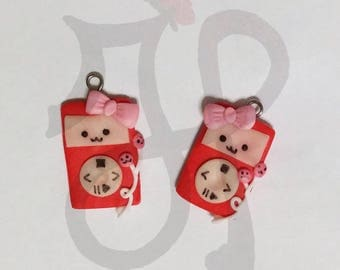 Pair of Red Ipod ... very kawaii!