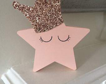 Queenie Star Shelfie
