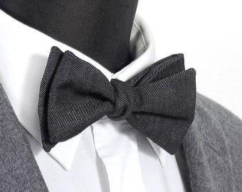 """Bowtie linen and cotton """"Jacques"""" / """"Jacques"""" linen & cotton blend Bow Tie"""