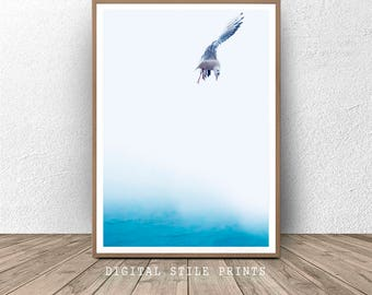 Sea Bird Print, Bird Wall Art, Flying Bird Print, Minimalist Bird Print, Ocean Art, Bird Art, Printable Bird Photo, Minimalist Decor, Sea
