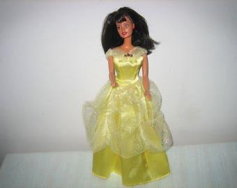 1990 Raven Hair Brown Eyes Barbie Doll Like New - Vintage Dark Haired Barbies - 1990 Mattel Barbie Dolls
