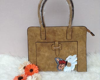 Handbag (butterfly on a daisy)