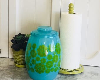 Vintage 1960s cookie jar