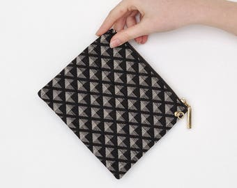 VINTAGE Black Checked Triangle Retro Pouches Purse