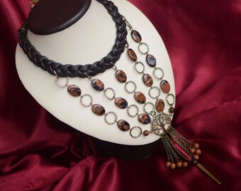"Leather necklace with sparkling aventurinе ""Kenya"""