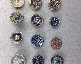 Buttons Antique metal 12 buttons