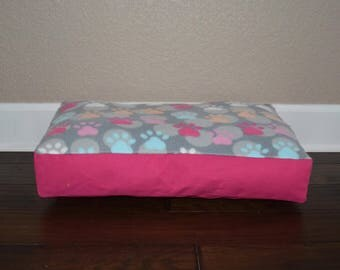 """Ready to Ship - 22"""" Personalized Pet Bed"""
