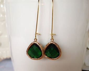 Emerald Green Earrings/ Green Earrings/ Green and Gold Earrings/ Gold Earrings/ Gift Idea/ Valentine's Day Gift