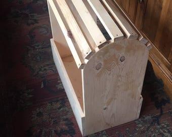 Mini saddle stand