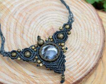 opal dentrite pendant,macrame necklace,macrame pendant,handmade necklace,macrame jewelry,macrame stone pendant,boho jewelry,handmade jewelry