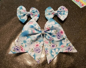 Girls hair bow with matching clips set