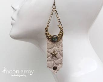 Moon boho earrings - labradorite