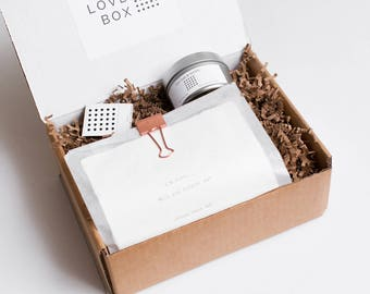 Love Box Gift Set- Soy Candles &  Funny, Inspirational, Romantic Greeting Card /Poems -Gifts for Bestfriend, Girlfriend, Boyfriend