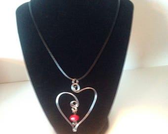 Valentine heart pendant necklace