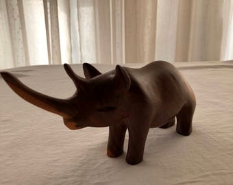 Hand wood carving Rhino