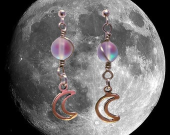 OPALESCENT MOON