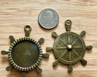Set of 14 Antique Brass Colored Ships Wheel, Helm 40mm Bezel, Pendant Charms