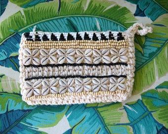 Beaded Clutch - Crochet Bag - Boho Clutch - Gypsy Clutch - Shell Clutch - Black - white - cream