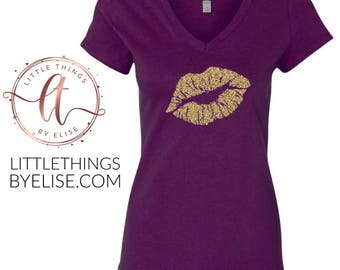 Gold Glitter Lips V Neck Tee