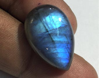 20.9 Cts 100% Natural Medagascar's Labradorite Cabochon Blue Flash Fire Polished Cabochon Healing Quartz Pear Shape 23x15x7 mm N#1272-10