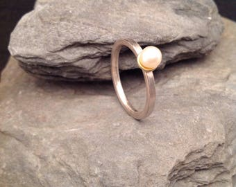 Silver ring 935er with freshwater pearl