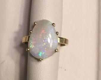 18k solid gold Australian Mintabie Opal freeform ring