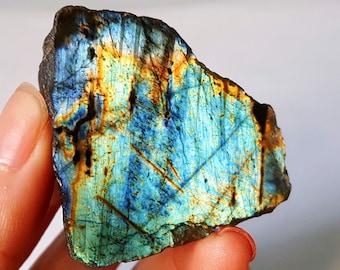 TOP 30.6 G Natural Multicolor Labradorite Crystal Original Stone Specimens