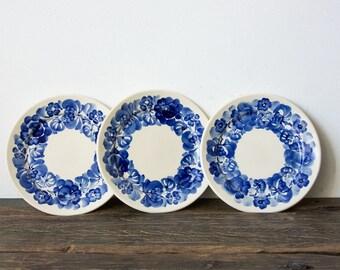 "Delfs Blue Fajans ""Wtoctawek"" Hand painted Cake plates"