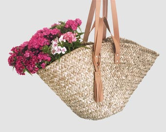 Beach bag - Market bag - basket bag - Panier Marocain with natural leather handles and tassel