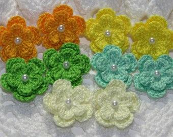 GREEN YELLOW SHADES - Crochet Flowers Applique Embellishment - 8 Pcs